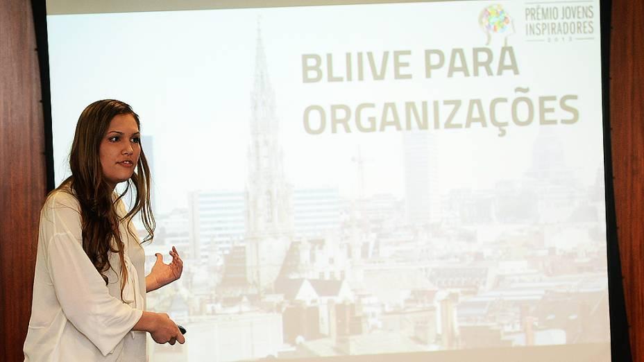 Lorrana Scarpioni, finalista do Prêmio Jovens Inspiradores, durante última etapa do concurso em São Paulo (2/12/13)