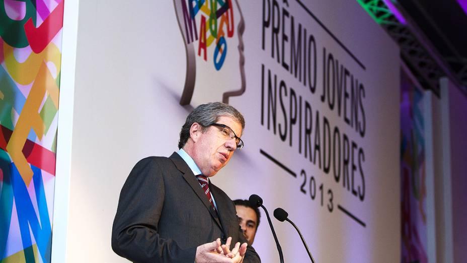 Presidente do Grupo Abril, Fabio Barbosa, fala durante o Prêmio Jovens Inspiradores 2013