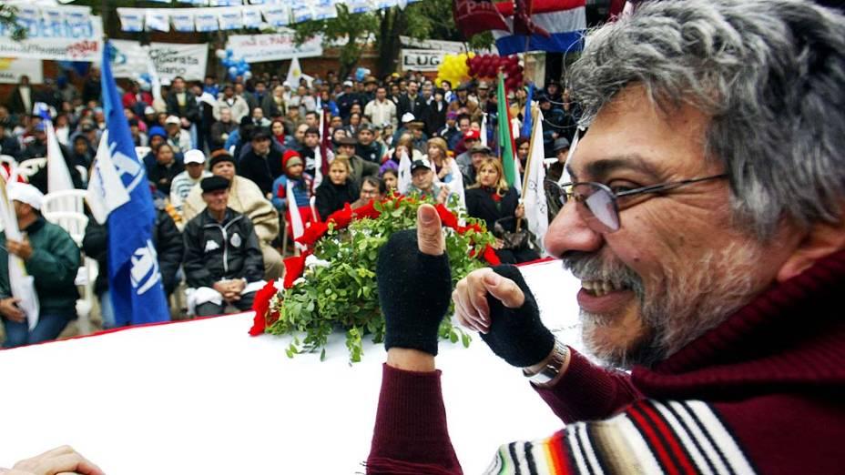 Fernando Lugo durante sua campanha eleitoral para presidente em 2007