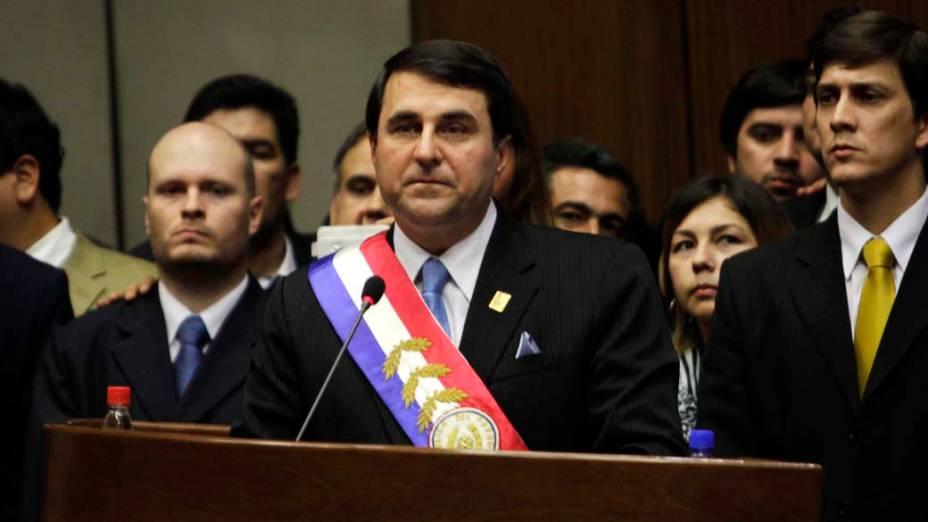 O novo presidente paraguaio Federico Franco após ser juramentado em Assunção