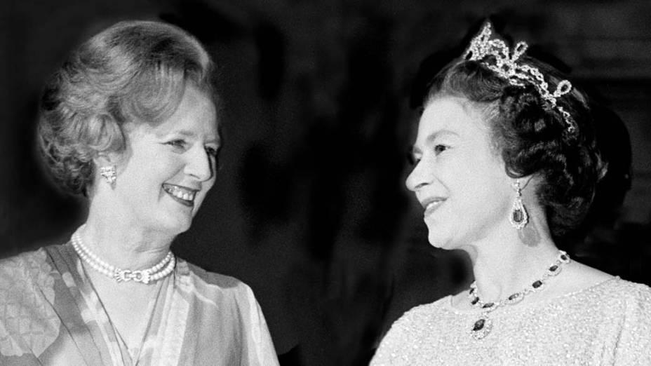 Primeira-ministra Margaret Thatcher e a rainha Elizabeth II, em 1979