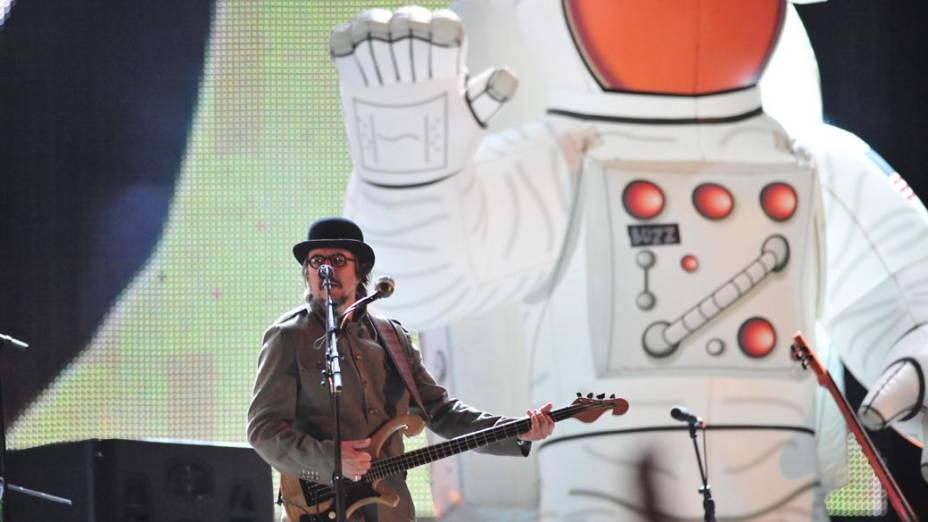 Show da banda Primus no palco Energia & Consciência, no último dia do festival SWU em Paulínia, em 14/11/2011