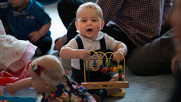 Príncipe George brinca na Nova Zelândia