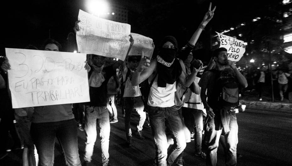 Manifestação contra o aumento de passagens em São Paulo. Protesto fechou a Avenida Paulista