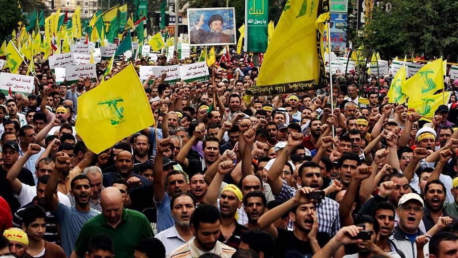 Protesto anti-EUA de seguidores do Hezbollah em Beirute, Líbano