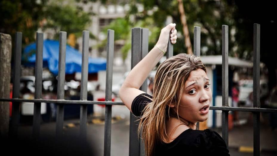 Amanda Freitas, 18 anos, que ficou para fora da prova do Enem, na UERJ