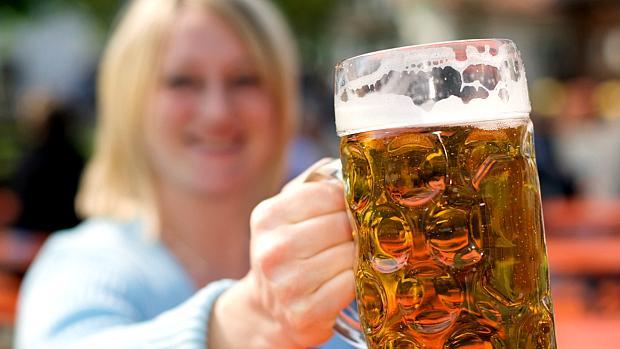publicidade-descobriu-que-mulheres-tambem-tomam-cerveja-original.jpeg