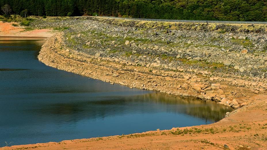 <p>Vista do reservatório Jaguari, que faz parte do Sistema Cantareira, na região de Vargem</p>