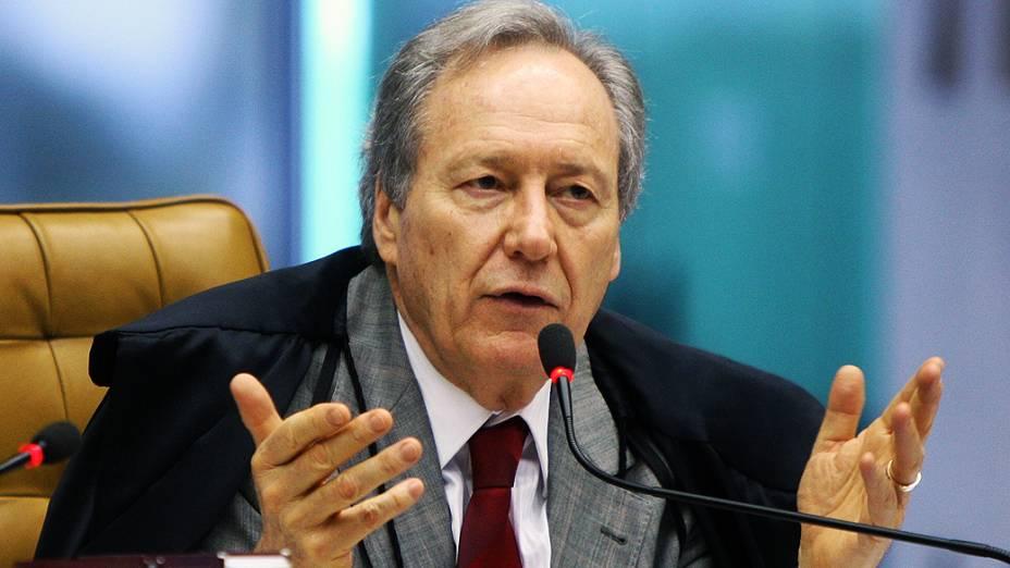 Ministro do Supremo Tribunal Federal (STF), Ricardo Lewandovisk durante julgamento do mensalão, em 24/09/2012