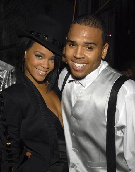 Rihanna e Chris Brown durante o MTV Video Music Awards, em 2007
