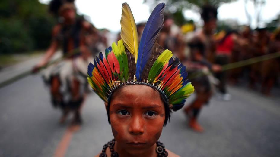 Grupos indígenas chegam ao Riocentro