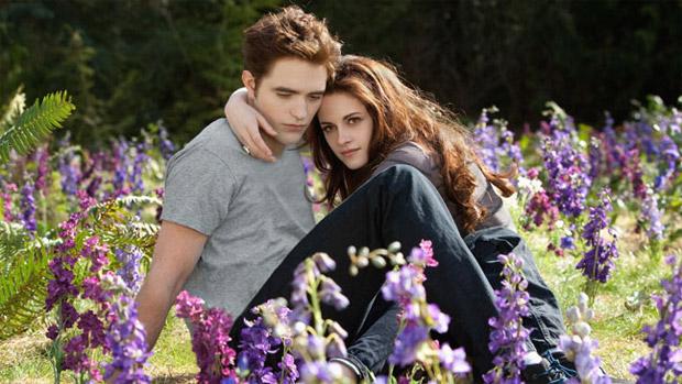 Robert Pattinson e Kristen Stewart em Amanhecer - Parte 2, o capítulo final de Crepúsculo