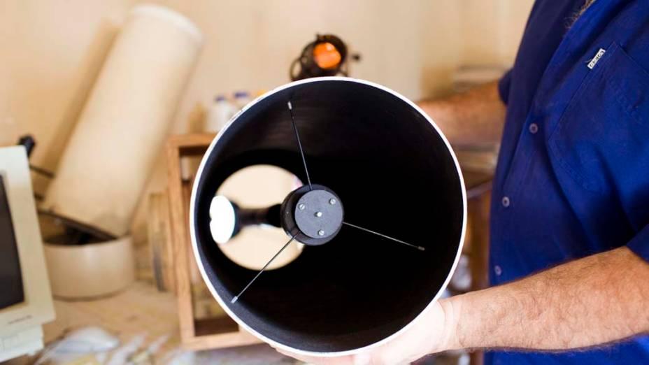 <p>Telescópio Cassegrain de 200mm</p>