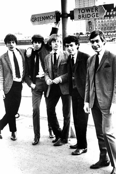 Rolling Stones possa para foto em Londres no ano de 1963