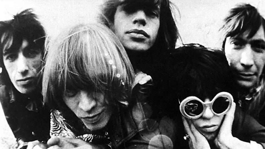 Brian Jones, Mick Jagger, Keith Richards e Charlie Watts, da banda Rolling Stones em foto da década de 1960
