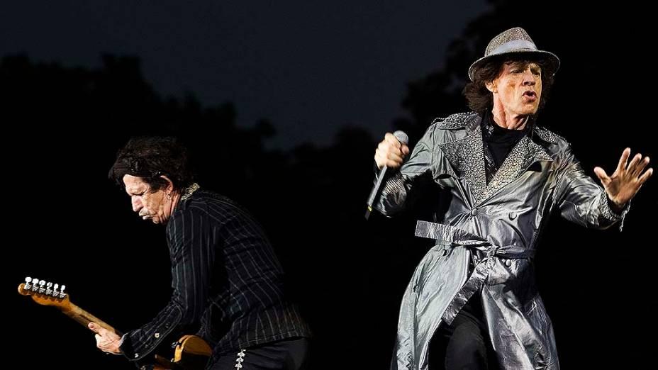 O guitarrista Keith Richards e o vocalista Mick Jagger durante show de 2007 na Holanda