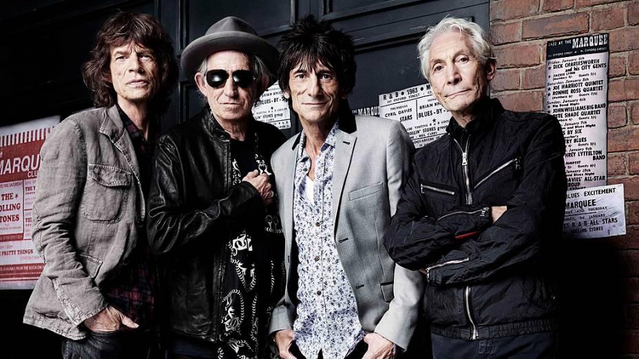 Os Stones no dia 11 de julho em frente ao Marquee Club, onde fizeram seu primeiro show, 50 anos atrás
