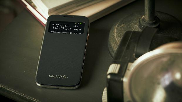 Samsung lança Galaxy S4 no Brasil