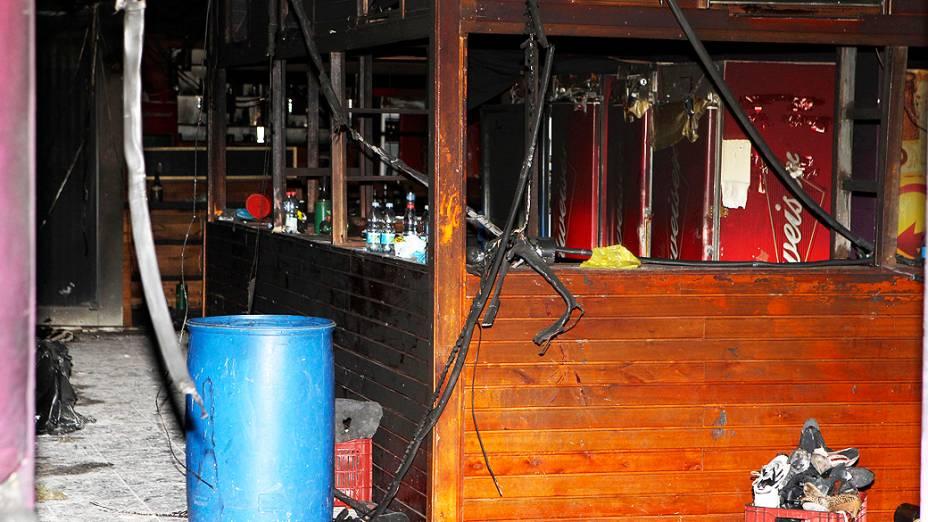 Fotos do interior da boate Kiss após incêndio em Santa Maria (RS)