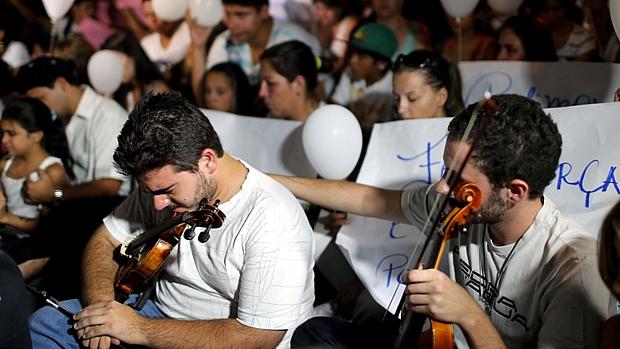 Tristeza e comoção marcaram a marcha na cidade abalada pela tragédia de domingo