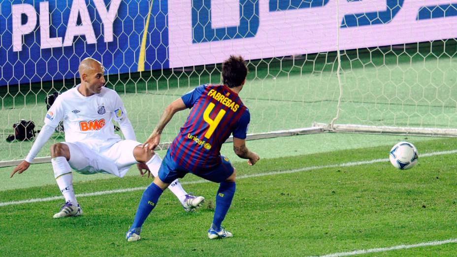 O meia Cesc Fàbregas durante o jogo final do Mundial de Clubes, no Japão - 18/12/2011