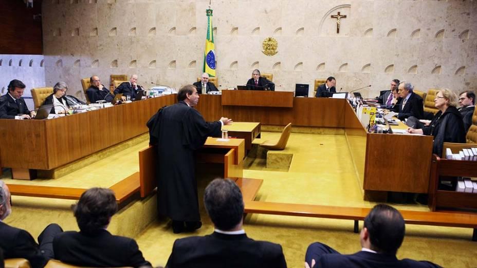Sessão destinada às argumentações dos advogados de defesa dos cinco primeiros réus durante julgamento da AP 470, em 06/08/2012