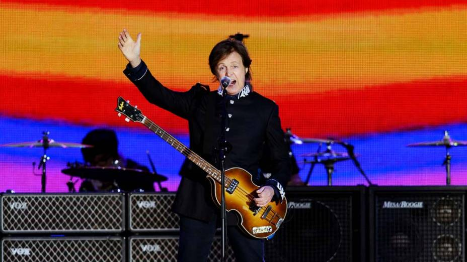 Paul Mccartney durante show no Palácio de Buckingham