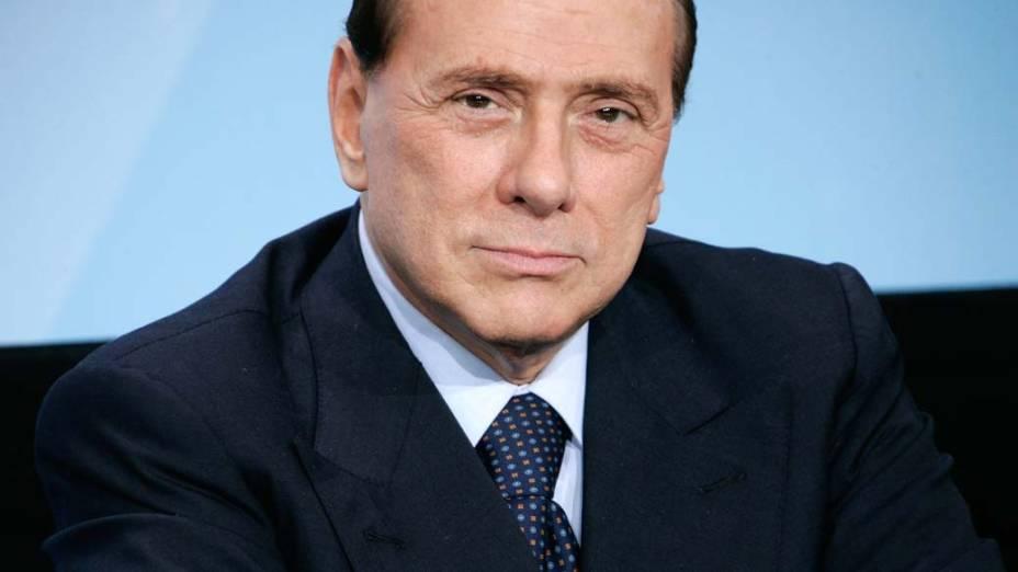 O primeiro-ministro italiano Silvio Berlusconi em coletiva de imprensa em Berlim, na Alemanha