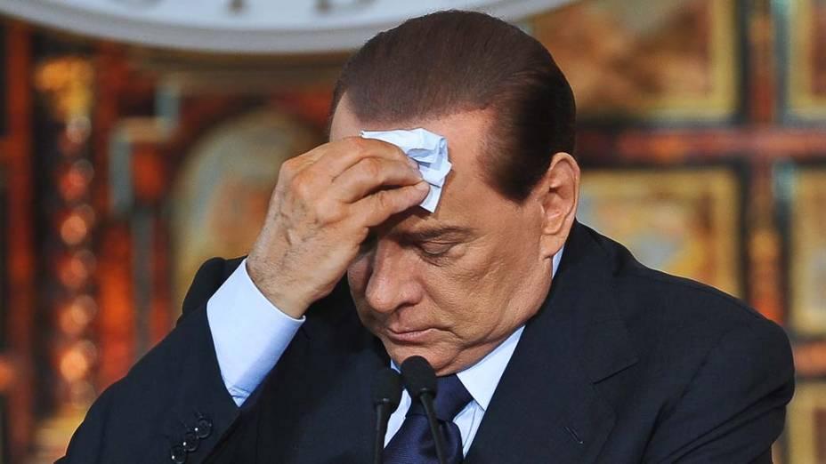 O primeiro-ministro italiano Silvio Berlusconi durante coletiva de imprensa em Roma, Itália