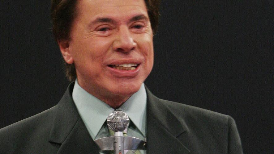 Silvio Santos apresentando o programa Topa ou Não Topa, do SBT, em 2006