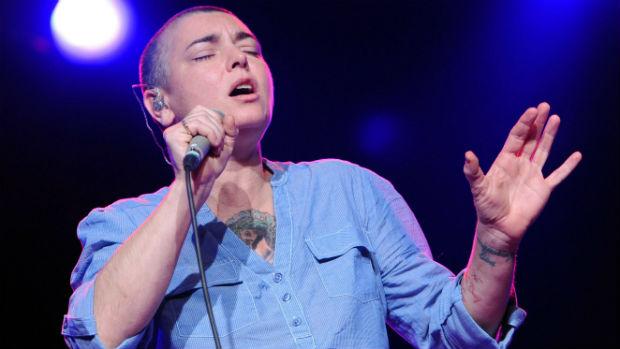 A cantora Sinead OConnor, que anunciou o cancelamento de todos seus shows de 2012 por motivos de saúde