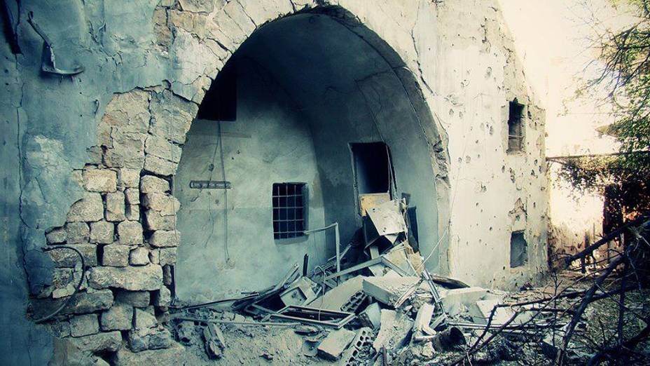Parte antiga da cidade de Homs também não escapou aos bombardeios e combates entre rebeldes e tropas do governo