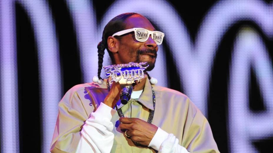Snoop Dogg durante show no palco Energia & Consciência, no primeiro dia do festival SWU em Paulínia, em 12/11/2011