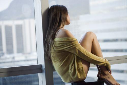 solida-mulher-sentada-20132101-original.jpeg