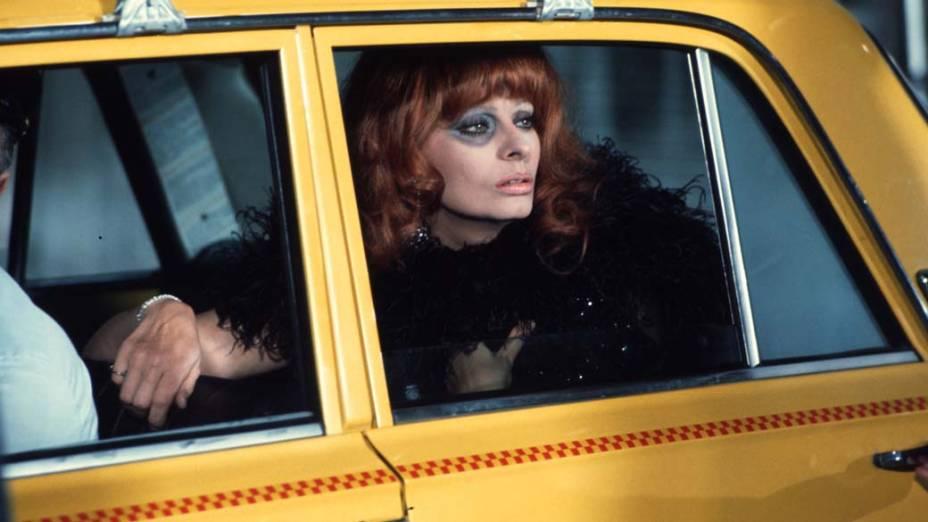 Sophia Loren no filme La Pupa Del Gangster, de 1974