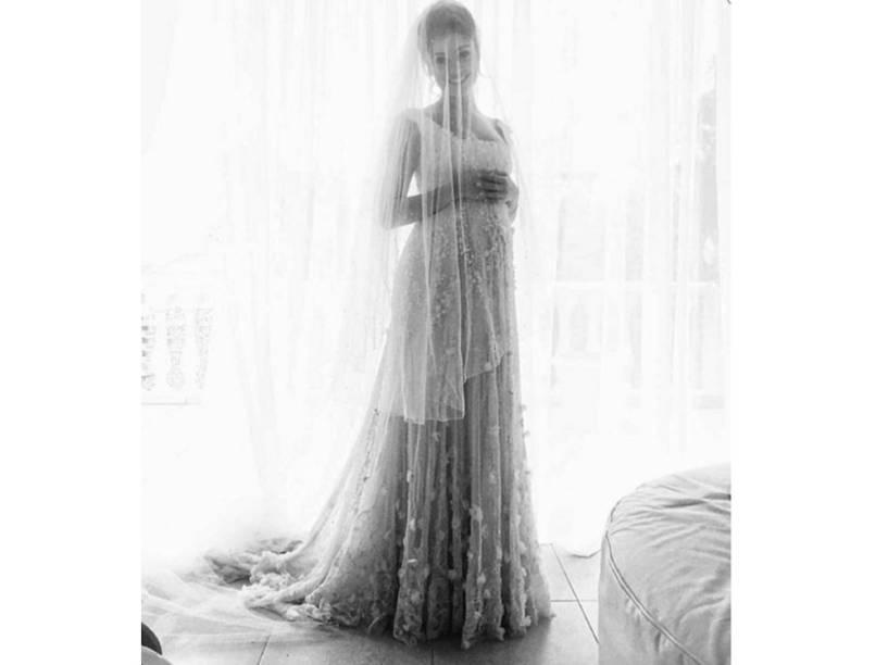 Sophie Charlotte usa vestido de noiva da grife Martu