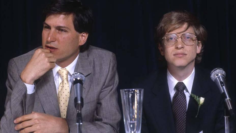 Steve Jobs e Bill Gates durante entrevista em Nova York, 1984