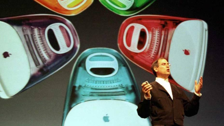 Steve Jobs durante palestra para apresentação da nova geração do iMac na Califórnia, 1999