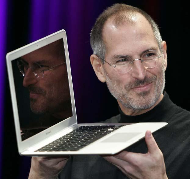Steve Jobs mostra o novo Macbook Air em São Francisco, 2008