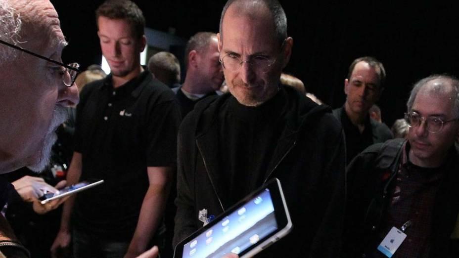 Steve Jobs fala sobre o iPad durante conferência em São Francisco, 2010<br><br><br>