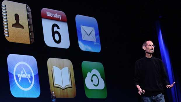 Steve Jobs no lançamento do iCloud em junho de 2011