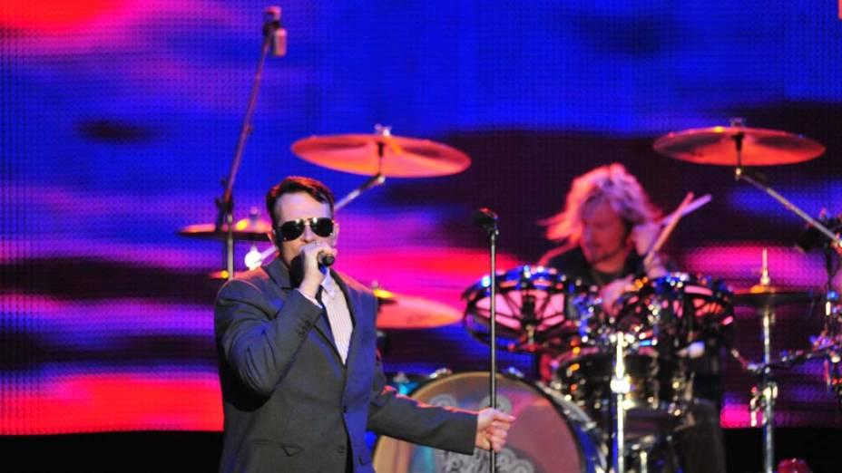 Show da banda Stone Temple Pilots no palco Energia & Consciência, no último dia do festival SWU em Paulínia, em 14/11/2011