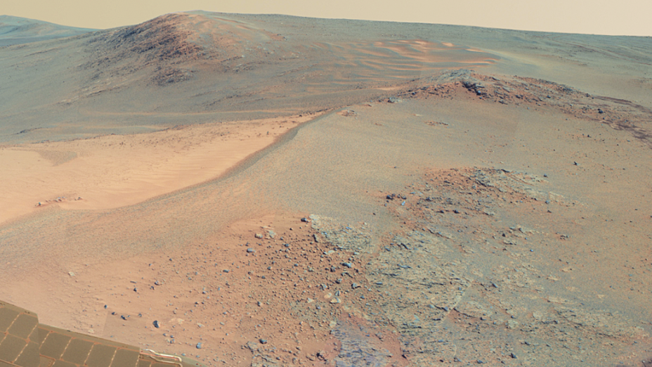 <p>Uma das 817 fotografias usadas para montar a panorâmica da superfície de Marte, divulgadas pela Nasa</p>