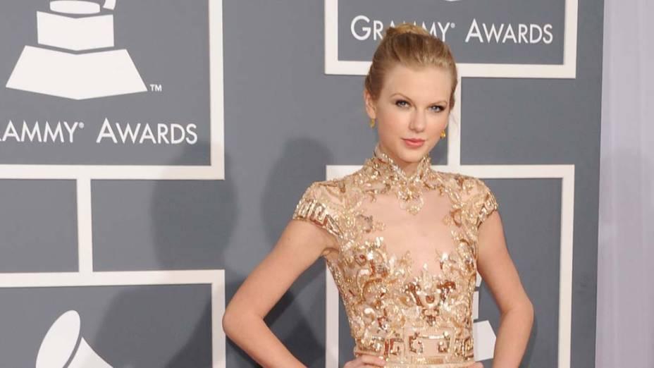 Taylor Swift em sua chegada à 54ª edição do Grammy, nos Estados Unidos