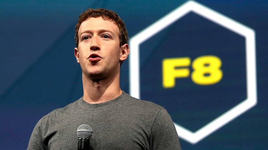 Mark Zuckerberg subiu ao palco do San Francisco Design Center para anunciar novidades aos usuários