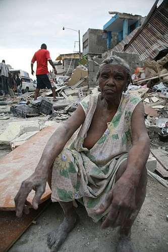 Os mortos no país podem chegar a milhares, segundo o presidente René Préval.