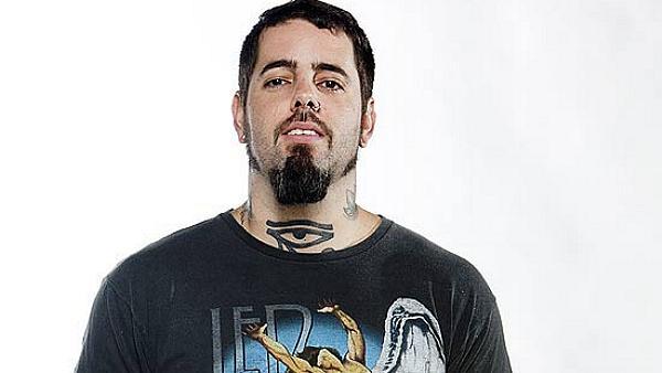 Tico Santa Cruz, 32 anos, vocalista da banda Detonautas