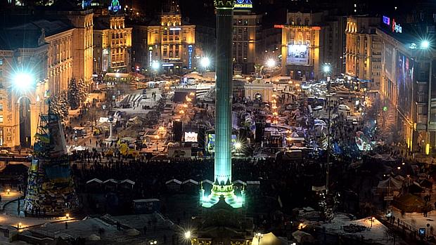 Forças de segurança desocupam Praça Independência na Ucrânia