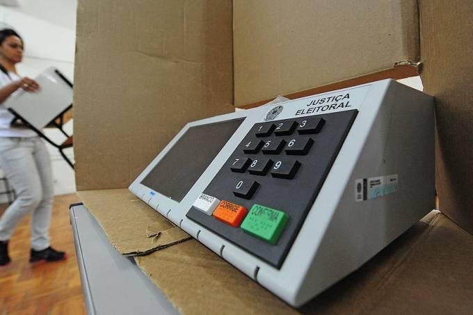 urnas-eletronicas-20121006-04-original.jpeg