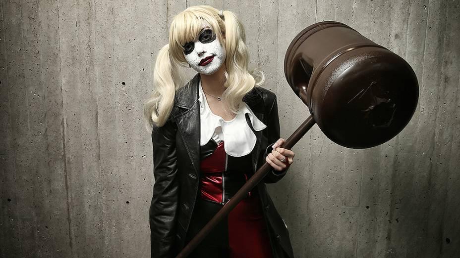 Visitantes usam fantasia de personagens de séries de TV, games e super-heróis de quadrinhos e mangá durante a Comic Con 2013